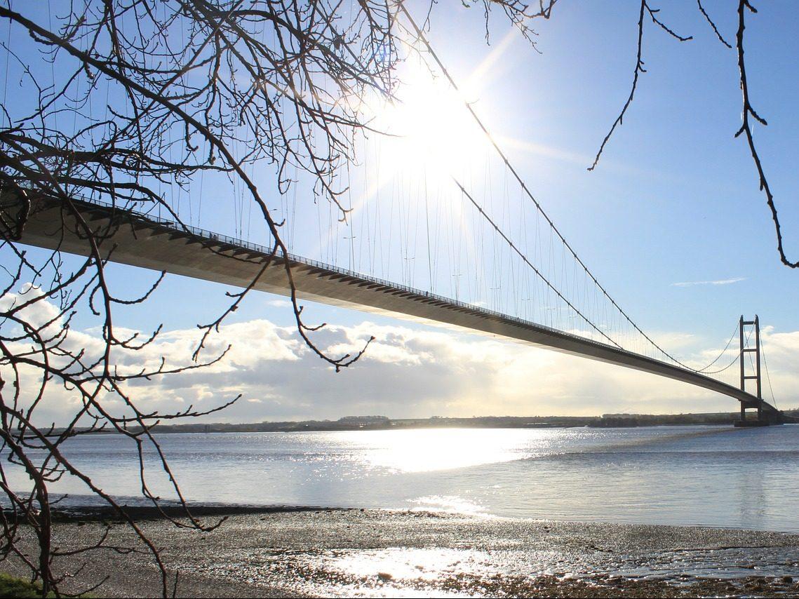 humber-bridge-356603_1280