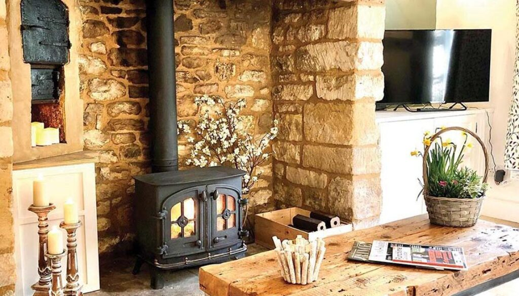 Unique staycations in the Cotswolds with Cotswold Cottage Gems