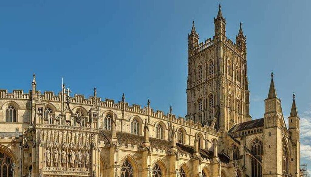 Gloucester Cathedral in the sun