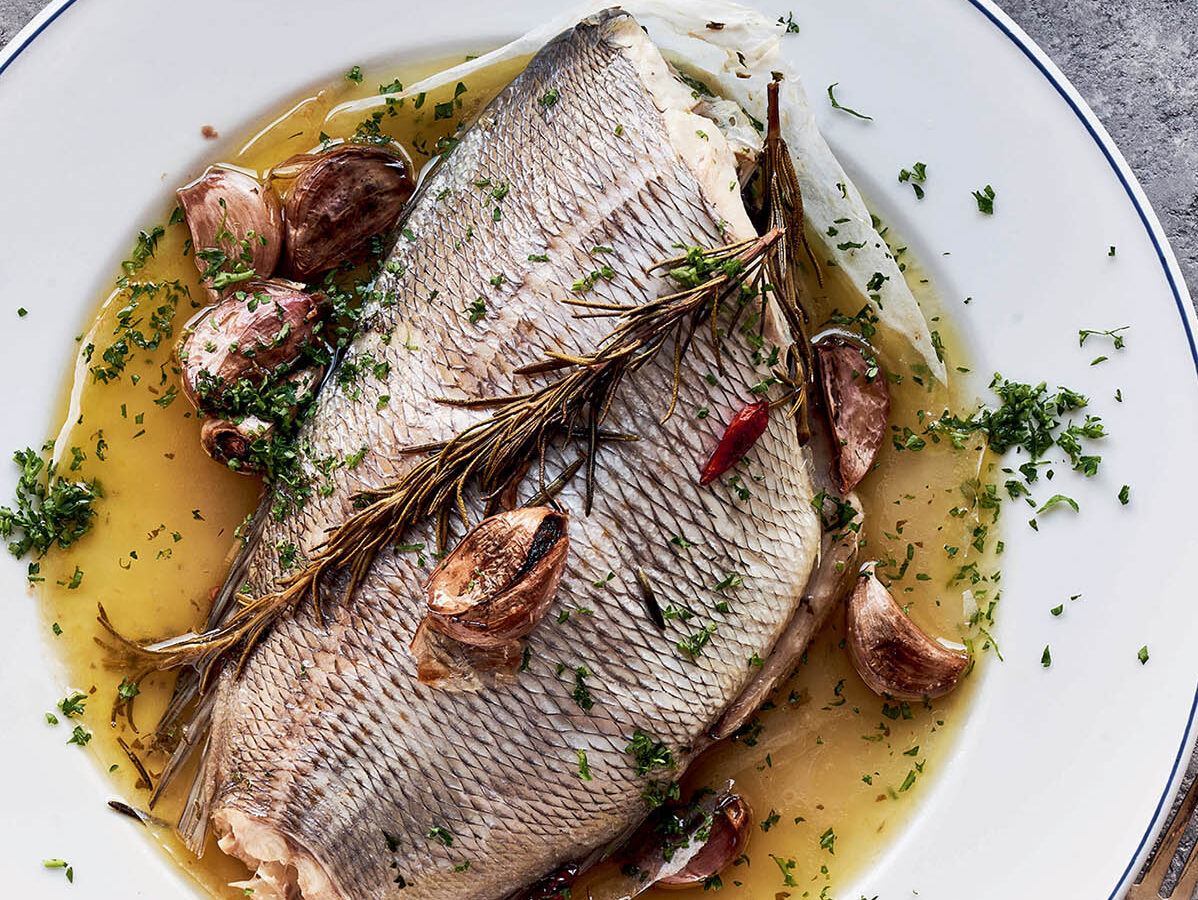 Sea bream baked in paper